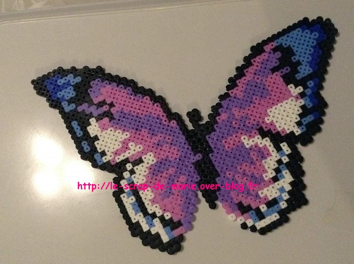 Modele papillon perle a repasser