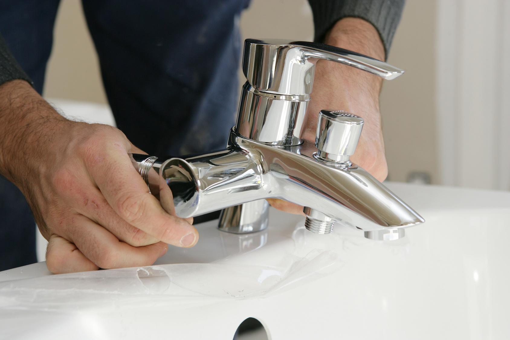Comment installer un robinet exterieur sans soudure