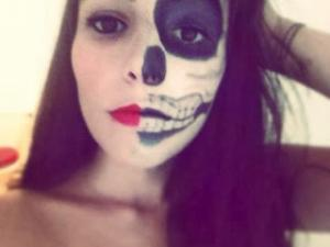 Maquillage halloween femme squelette simple