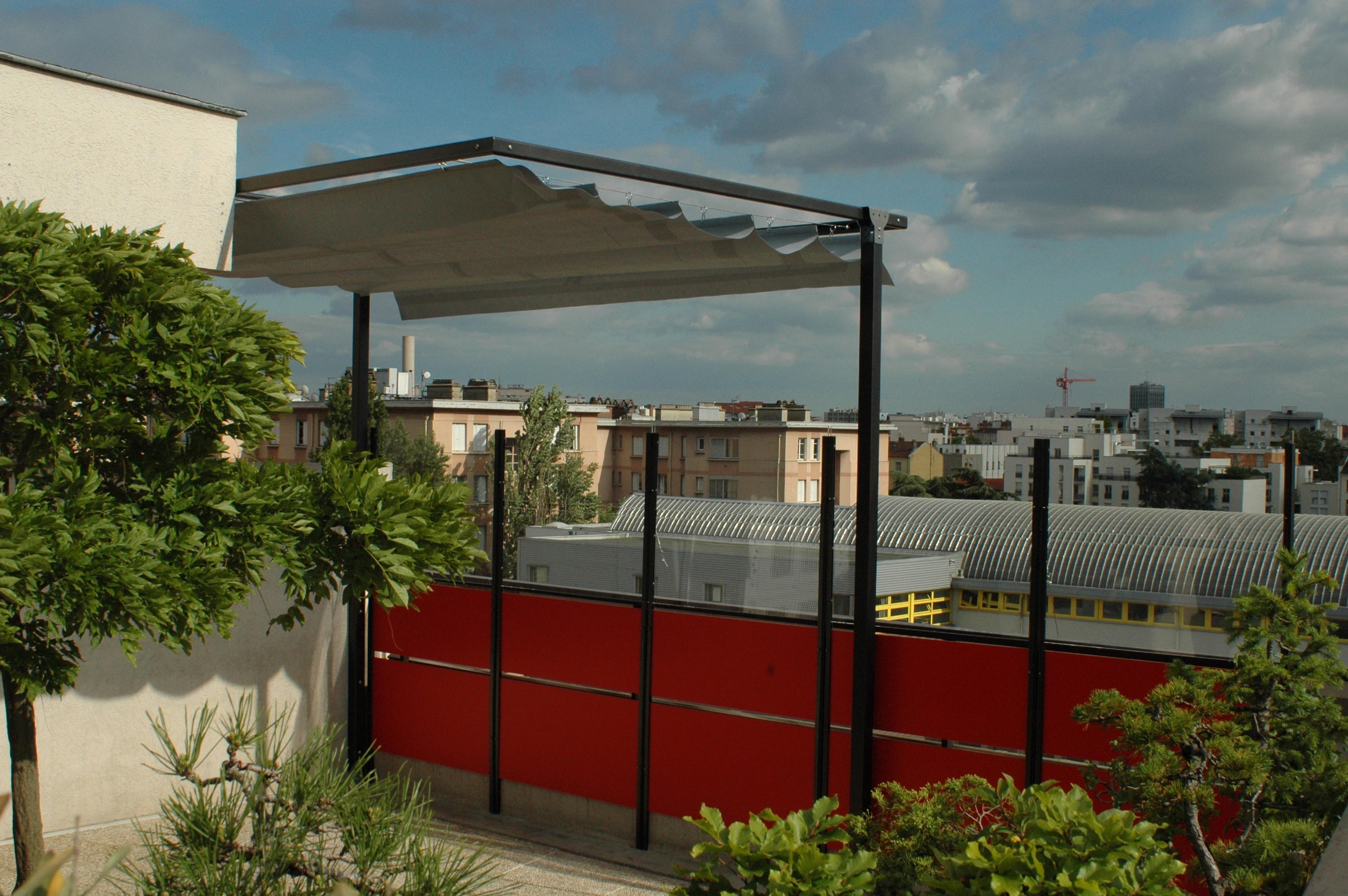 Coupe vent plexiglas pour terrasse